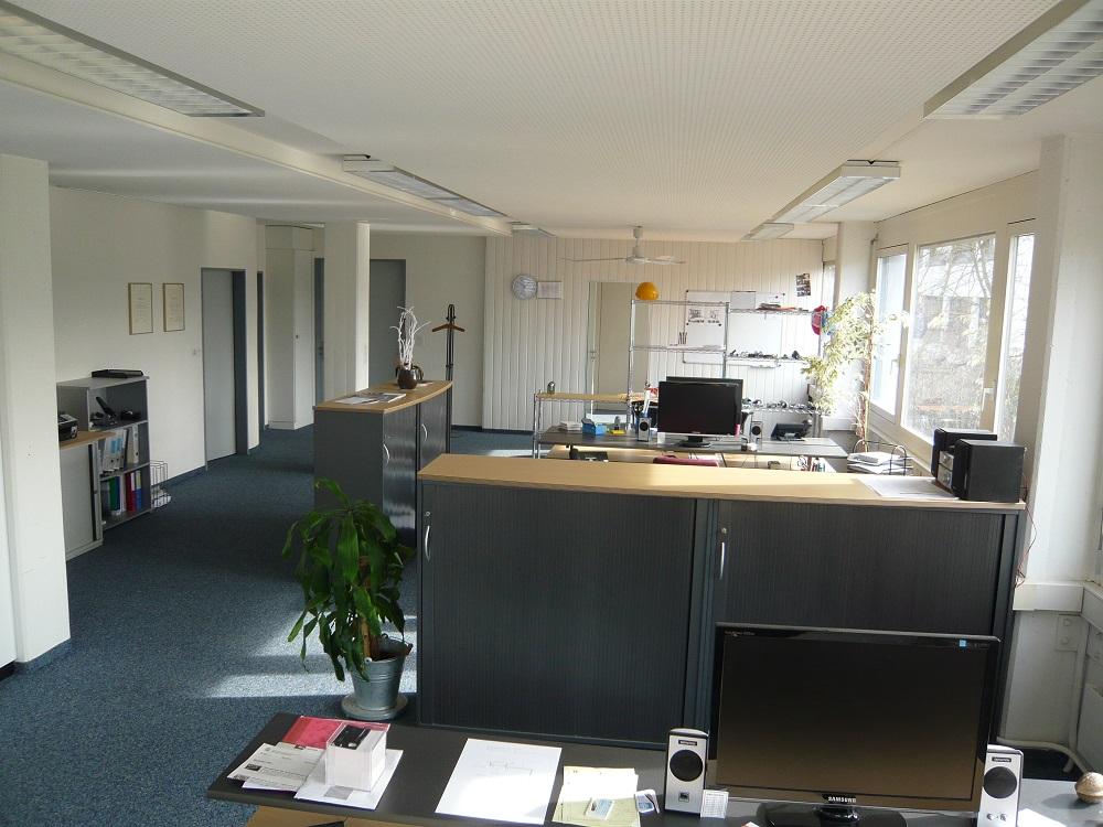Büro01
