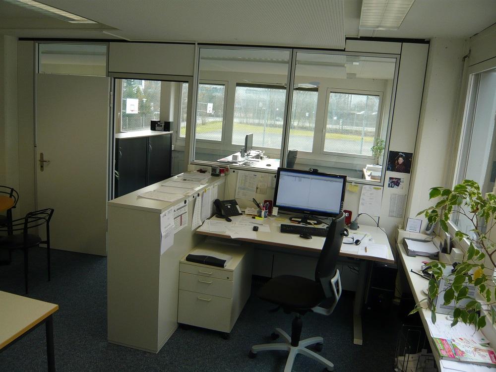Büro06
