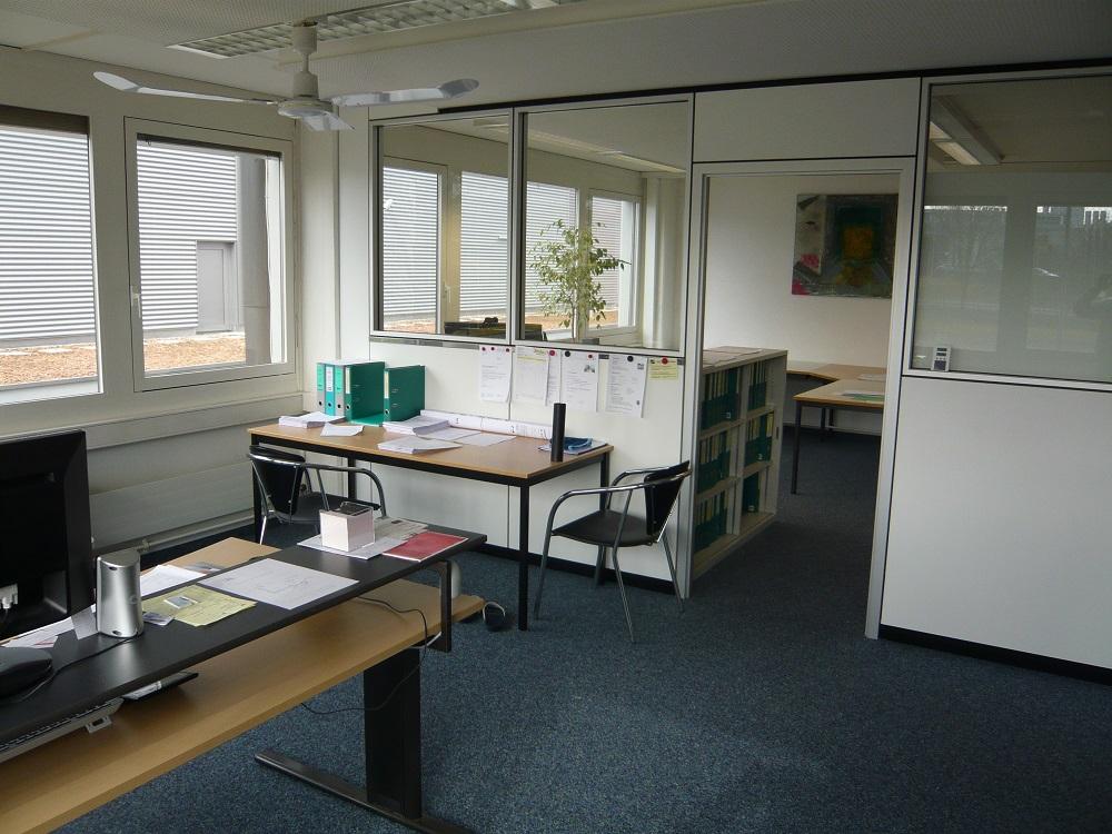 Büro08